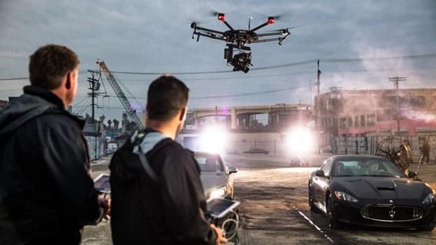 Điều khiển flycam